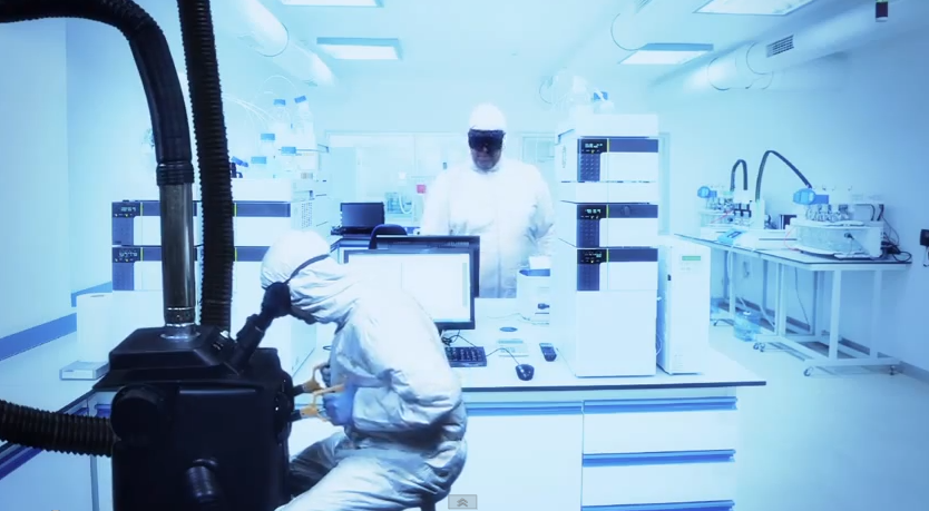 "They Might Be Giants release new music video for ""Nanobots"""