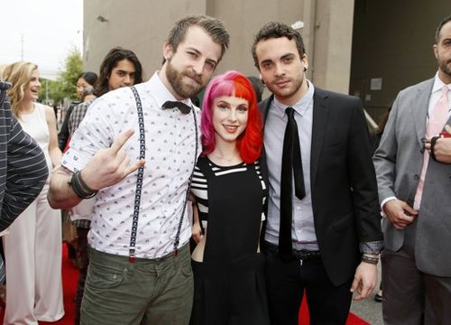 Paramore To Film New Music Video