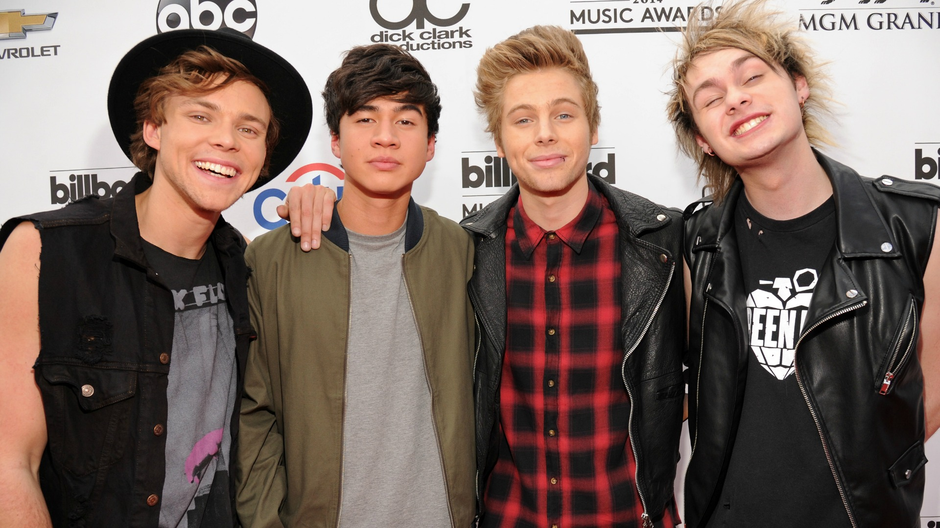 5 Seconds Of Summer Perform On The Today Show