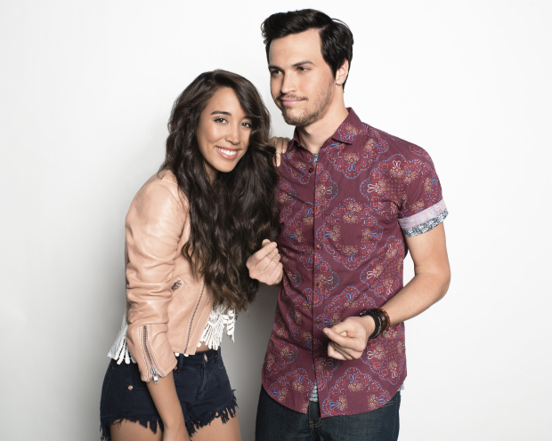 alex and sierra dating how long Alex has been married to brandon clark since april 29, 2007 clark is a personal injury lawyer clark is 9 years young than alex she met her husband when she was teaching a fish class in new york at the institute of the culinary education their marriage took place after some time with the fellow chefs, friends, and relatives attending.