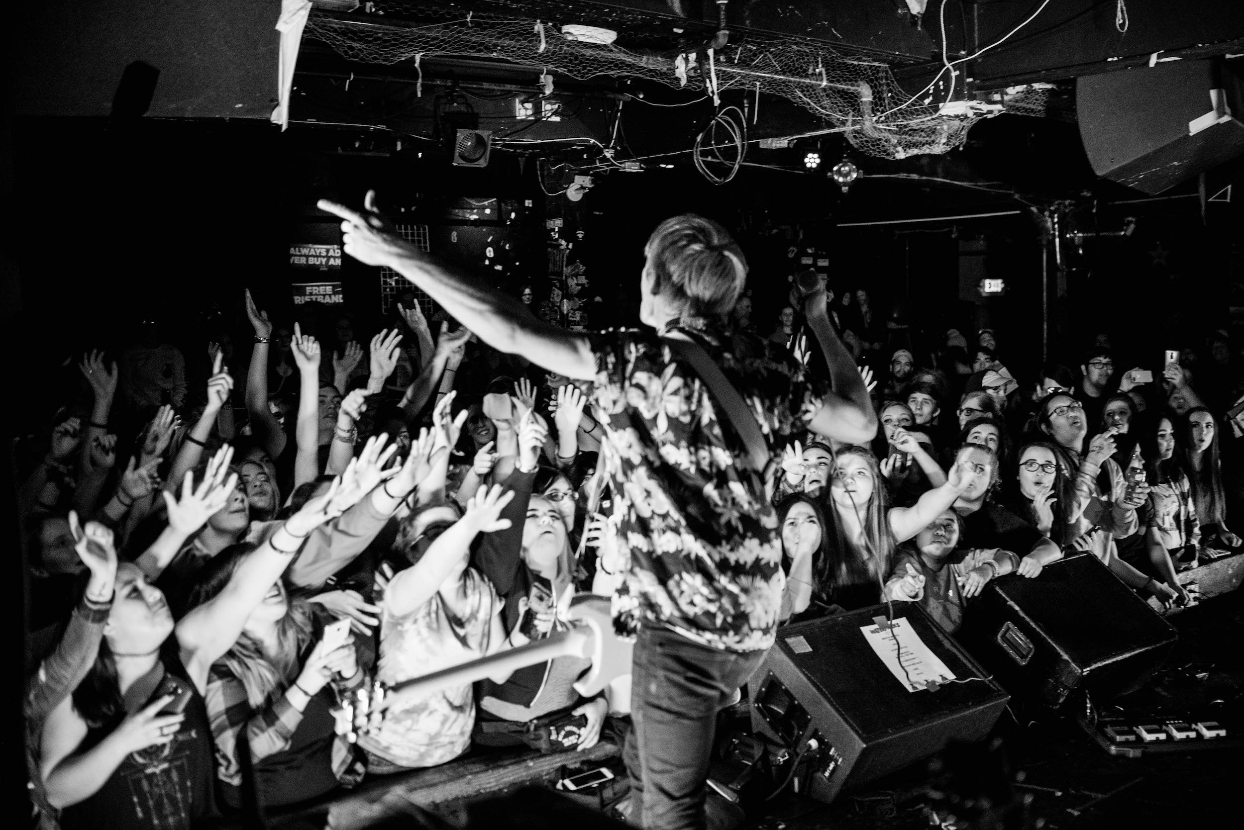 Waterparks – Too Close To Touch // 2.17.17 Seattle