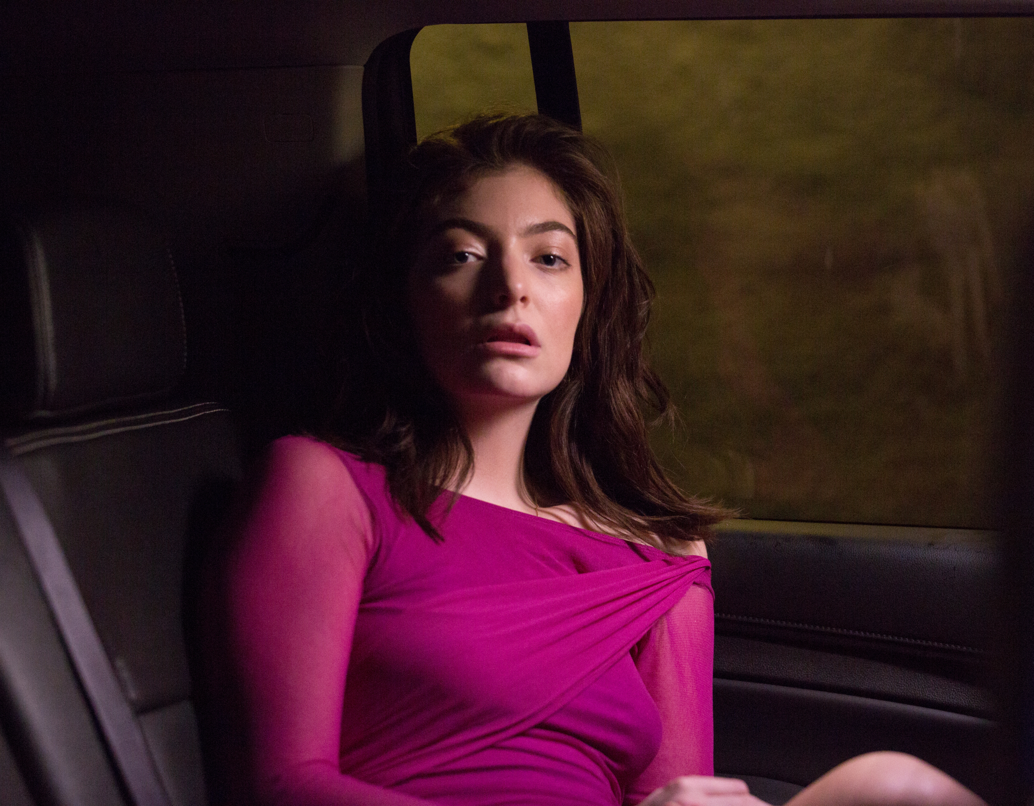 """Lorde debuts music video for single """"Perfect Places"""""""