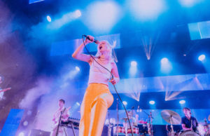 Paramore hayley williams huntington bank pavilion